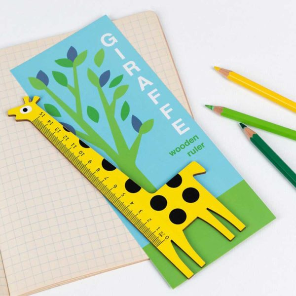 Wooden-giraffe-ruler-lifestyle-rex-london-ptes